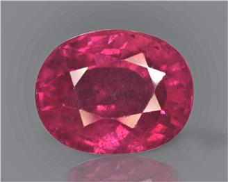 Natural Ruby (Manik) Heated Treated Certified 4.39 cts. ( 83221 )